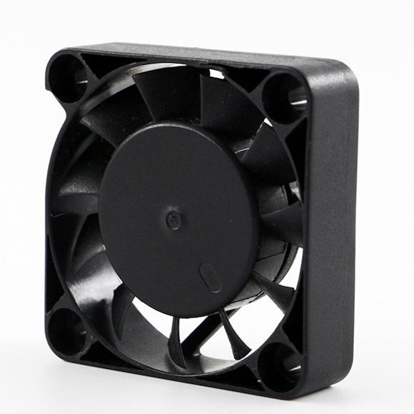 Axial fan 4010 11 3