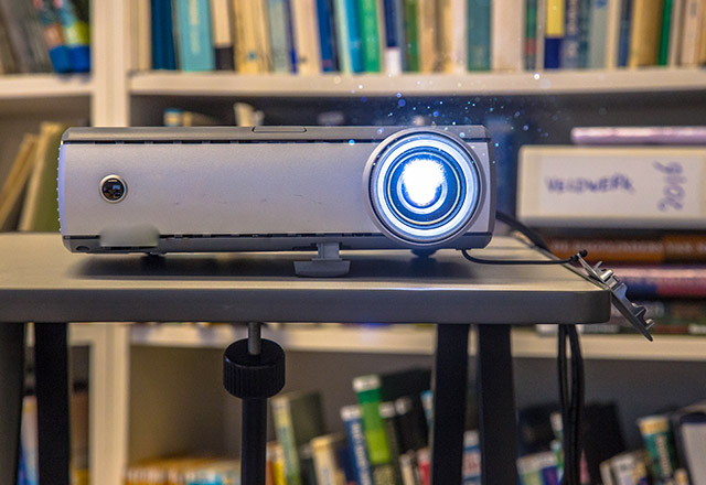 Smart home device Beamer Projector